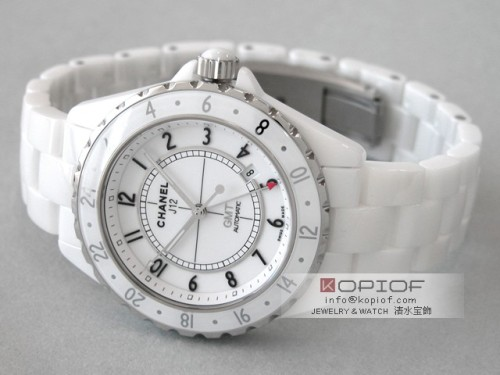 シャネルJ12 スーパーコピーH2126 42mm GMT ホワイトセラミックブレス モデル ホワイト