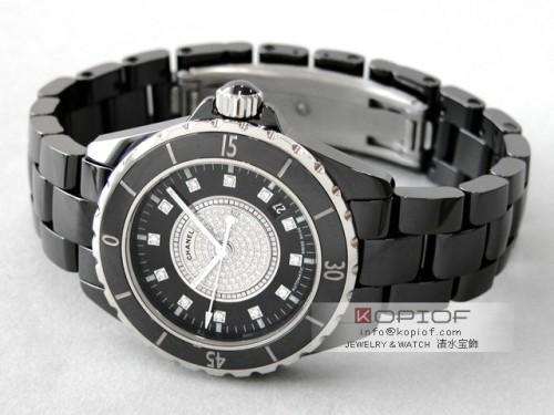 シャネルJ12 スーパーコピーH1757 38mm ブラックセラミックブレス 12Pダイヤ 文字盤センターダイヤ ブラック/センターダイヤ