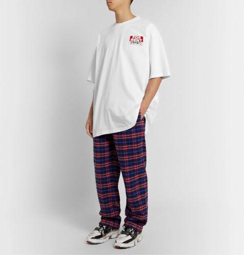 ヴェトモン tシャツ 偽物 VETEMENTS オーバーサイズ ロゴプ リント ンジャージーTシャツ ホワイト
