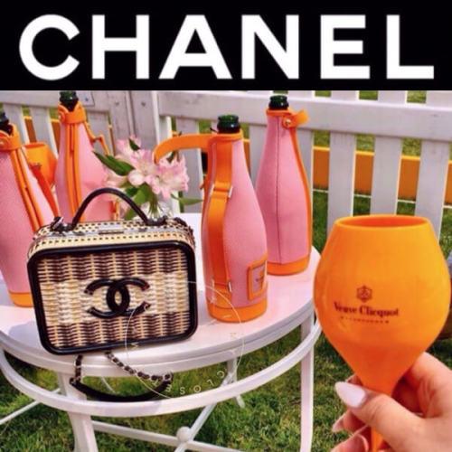CHANEL シャネル ヴァニティーケース コピー スモール チェーン ロゴ CC 新作 黒 A93342 B00425 N4135