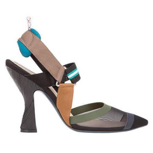 フェンディ Colibri パンプス コピー 足元に目立つマルチカラーで履きやすいパンプスです