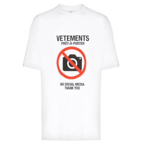 ヴェトモン tシャツ 偽物 VETEMENTS 20FW ANTISOCIAL スローガン ロゴTシャツ オーバーサイズ