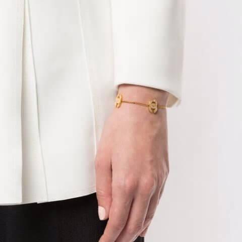 シャネル ブレスレット 偽物 Chanel Pre-Owned ココマーク ブレスレット 金メッキ真鍮