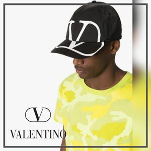 ヴァレンティノ キャップ コピー VALENTINO Vロゴ ベースボールキャップ SY2HDA00GFF0NI
