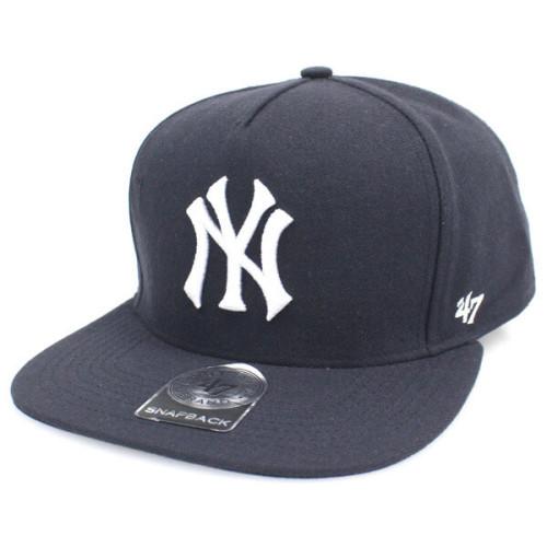 シュプリーム ビーニー 偽物 Supreme x NY Yankees x '47 Brand 5-Panel Snapback Cap 紺
