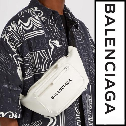 バレンシアガ ウエストポーチ スーパーコピー BALENCIAGA ベルトバッグ Everyday leather