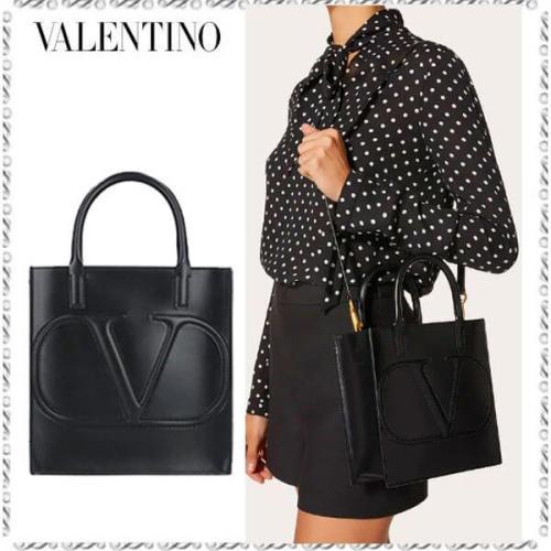VALENTINO Vロゴ WALK コピーカーフスキン スモールショッピングバッグ UW2B0H23QELU26
