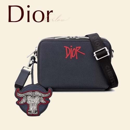 Dior Stussy コラボ ポーチ ショルダーバッグ 偽物 CD ロゴ 紺 新 男 2ESBC119GDS H00E