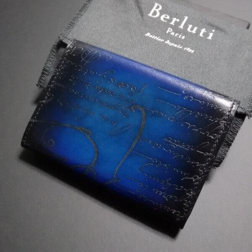ベルルッティ財布 コピーBerluti IMBUIA ブルーパティーヌ カードケース