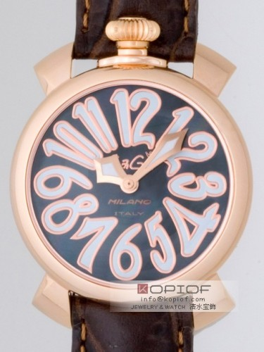 ガガミラノ マヌアーレ40MM スーパーコピークォーツ 5021.3 ダークブラウン皮 ブラックシェル/ホワイトアラビア