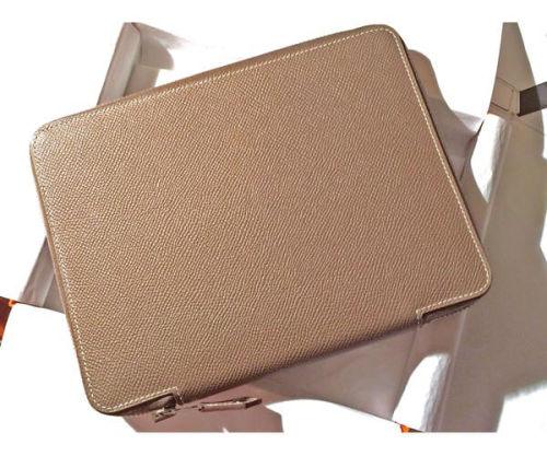 エルメス 手帳 コピー 激レア iPad mini グローブトロッター手帳 E-Zip Etoupe