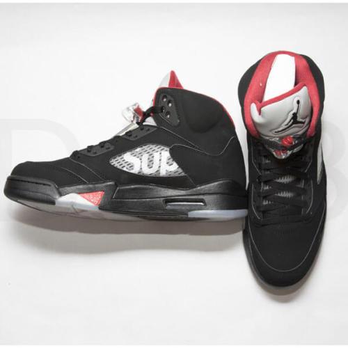シュプリーム エアフォース 偽物 Nike Supreme Air Jordan 5 コラボBlack