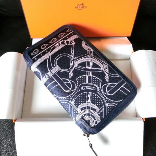 エルメスコピー 表が 大人気 シルクバンダナシリーズの デザイン EPERON D'OR