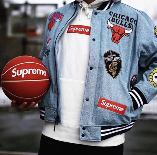 スーパーコピー Supreme x NBA team warm up Jaket-Denim ジャケット ナイキ コラボ デニム