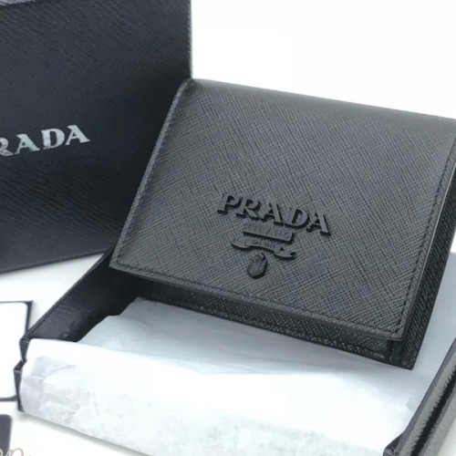 プラダ SHINE サフィアーノ 二つ折財布 NERO PRADA 1MV204 2EBW F0002 折りたたみ財布 スーパーコピー