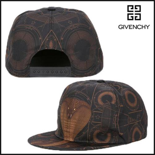 ジバンシィ 帽子コピー ブラック インパクトあるコブラプリントキャップ