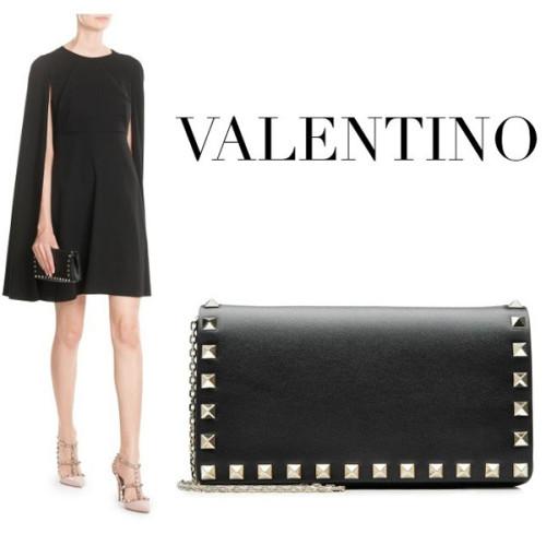 VALENTINO ロックスタッド チェーンクロスボディバッグ LW2P0372BOL 0NO ブラック ヴァレンティノ 財布 コピー