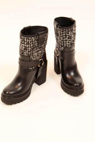 モンクレール ダウン コピー MONCLER モンクレール DOROTHEE ドロシー 靴 ブーツ