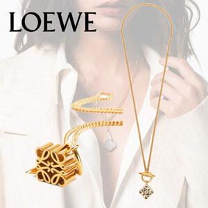 *LOEWE*ロエベアナグラム ペンダント ネックレス コピー真鍮 ロゴ刻印入り