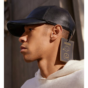 【20SS新作】LOUIS VUITTON ルイヴィトン キャップ コピー☆レザ−キャップ☆ブラック 帽子 大人気 MP2428