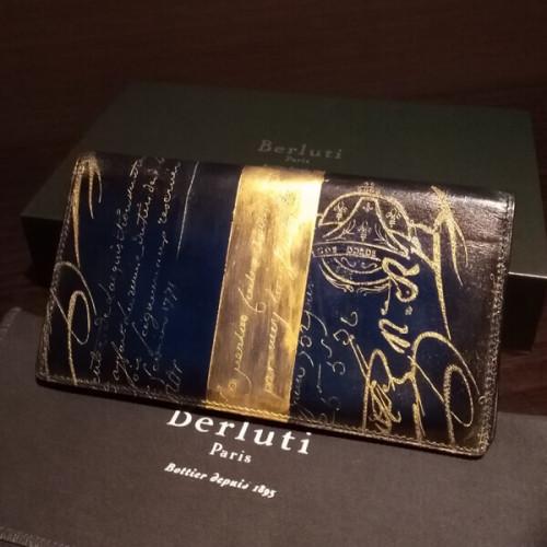 ベルルッティ財布 コピーBerluti 限定ゴールドパティーヌ希少品 ベルルッティ EBENE