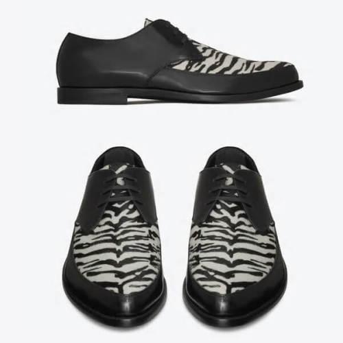 サンローラン靴 コピー タイガーパターン ダービーシューズ ブラック