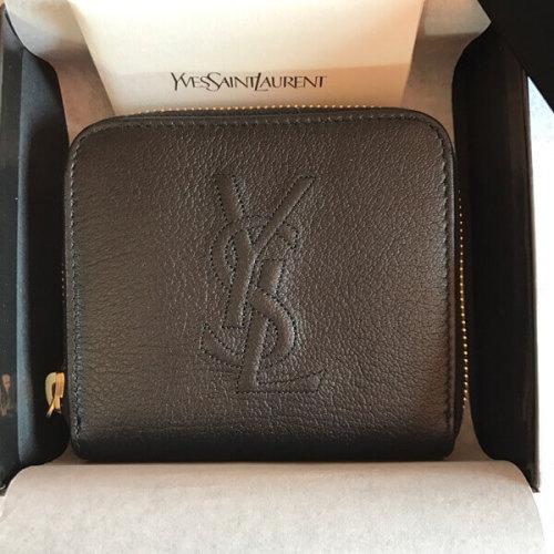 サンローラン 財布コピー YSL コンパクトで可愛い 二つ折り財布 ブラック コンパクトサイズなのでパーテイバックやクラッチに入れるのにも丁度良い大きさです