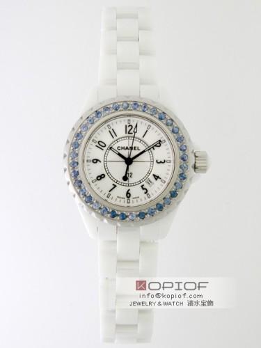 シャネルJ12 スーパーコピーH0968 33mm ホワイトセラミックブレス ベゼルブルーサファイヤ(合成)アフター ホワイト