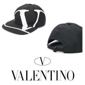 ヴァレンティノ キャップ 偽物 Valentino Garavani Vロゴ★キャップ★ブラック★