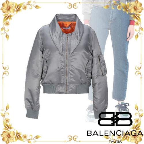 バレンシアガ ボンバー ジャケット 偽物