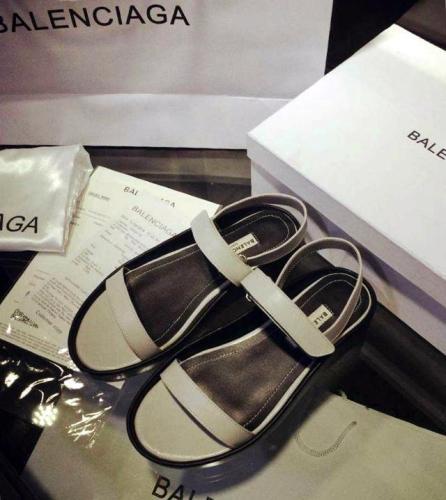 バレンシアガ靴レディースローヒール靴 D011