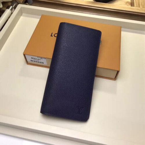 ルイヴィトン 財布コピー ポルトフォイユブラザ レザータイガ M30161 ジャケットポケットにも収納できるサイズです
