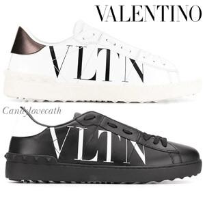 VALENTINO ヴァレンティノ スニーカー 偽物 ロックスタッズ オープンスニーカー