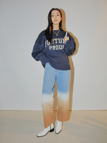 FORTUNE Lettering Detail Sweater