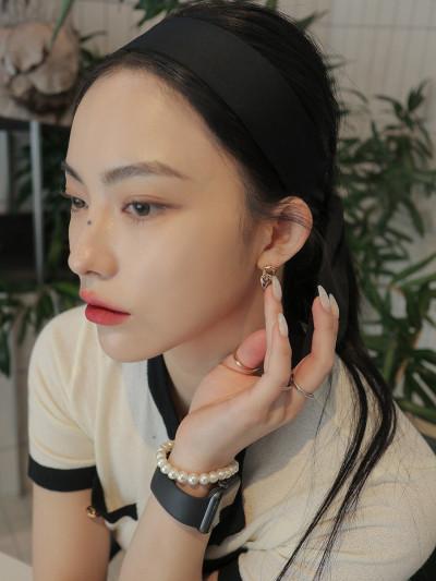Linked Chain Two-Tone Earrings