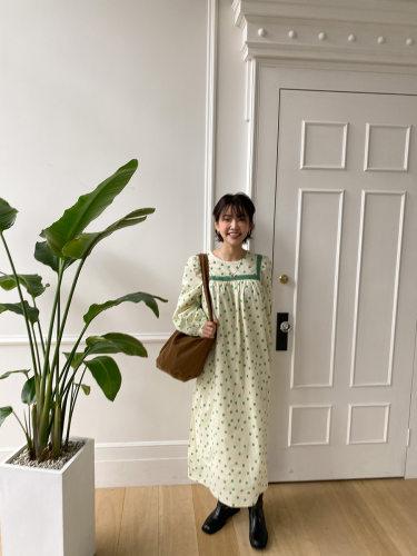 Lace Trim Floral Long Dress
