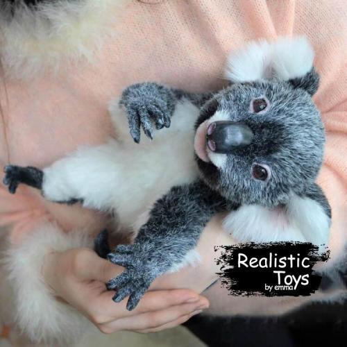 Emma Realistic Toys - Realistic & Lifelike Koala Mittens