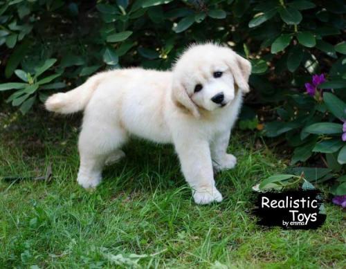 Emma Realistic Toys - Realistic Labrador Retriever Puppy Willow