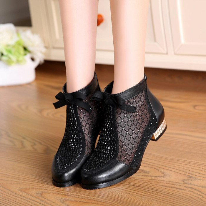 Summer New Cool Mesh Boots Fashion Rhinestone Bow Mesh Women Boots Leather Women's Shoes Hollow Fishmouth Boots Plus Size 35-44