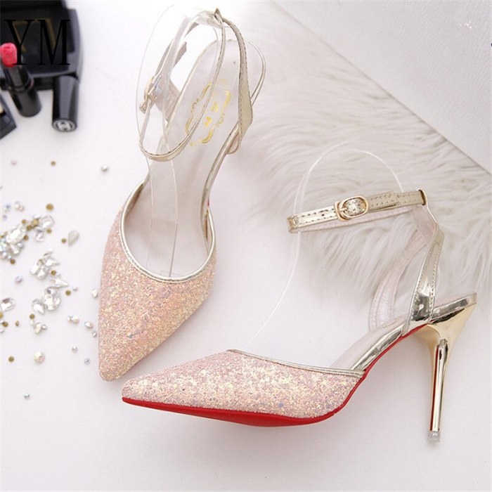 2020 Elegant Crystal Pointed Toe Wedding Shoe Women's Pumps Solid Flock Fashion Buckle Shallow High Heels Shoes for Women Hot