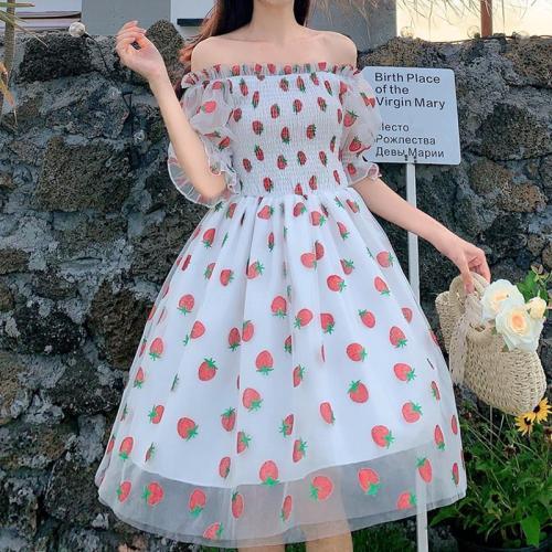 Strawberry Dress Women French Style Lace Chiffon Sweet Dress Casual Puff Sleeve Elegant Printed Kawaii Dress Women 2020 New