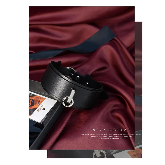クラシックブラック 分厚い牛革製首輪 リードチェーン付き
