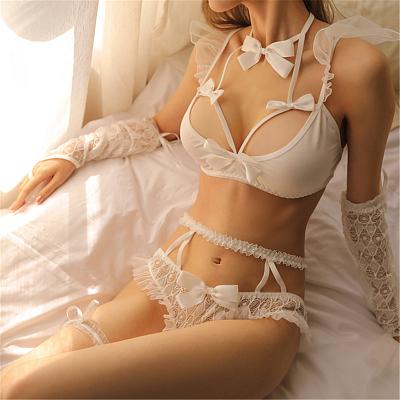 純白の花柄レース花嫁風ブラ・ショーツセット