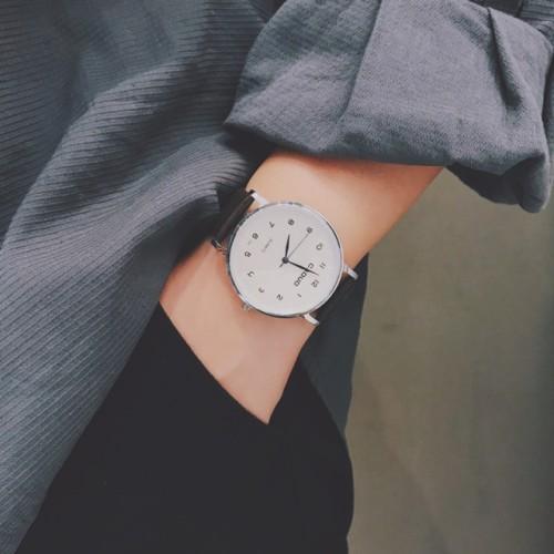 Simple casual men's watch