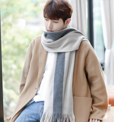 Winter simple men's scarf