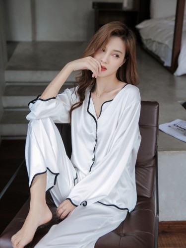 Ice silk sexy long sleeve pajamas