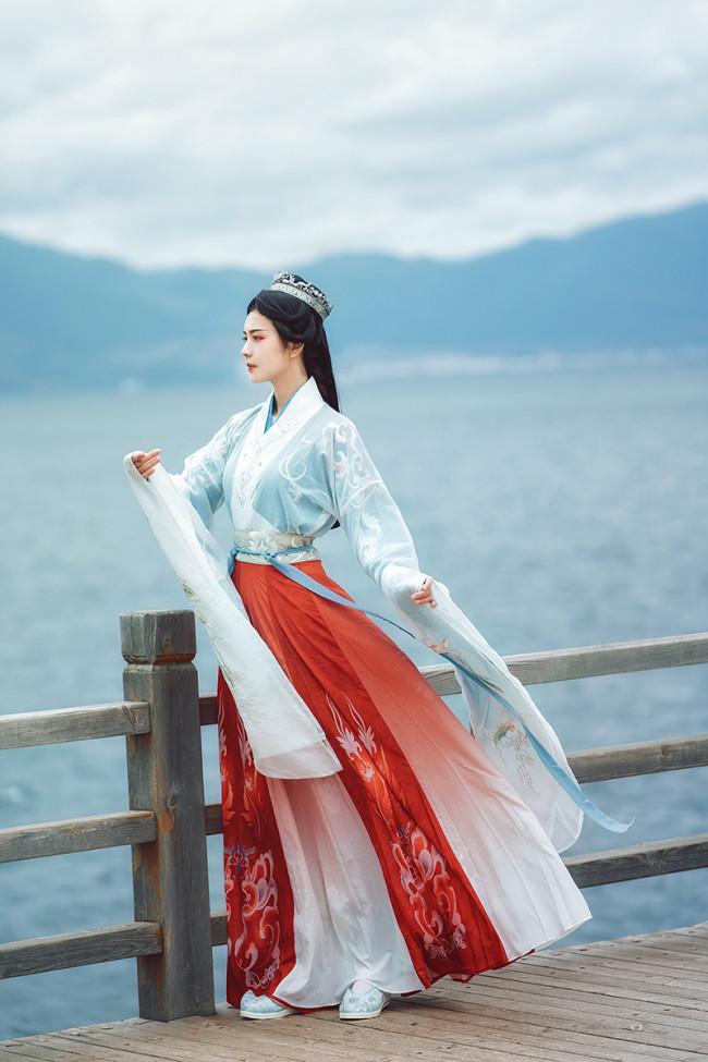 Manual embroidery Hanfu women's clothing