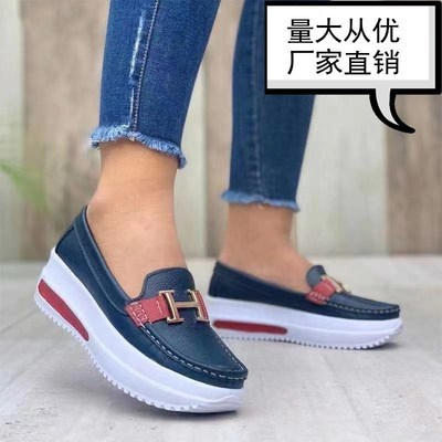 Platform casual flat shoes with round toe