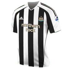 2005-2006 Newcastle Home Retro Soccer Jersey