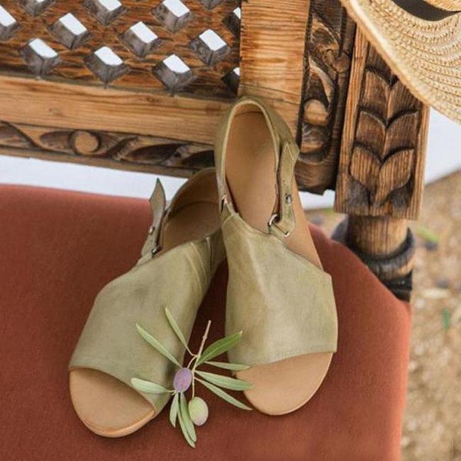 Women's Vintage Style Green Color Buckle Sandals